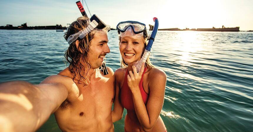 Brisbane Tours - Moreton Island Snorkelling