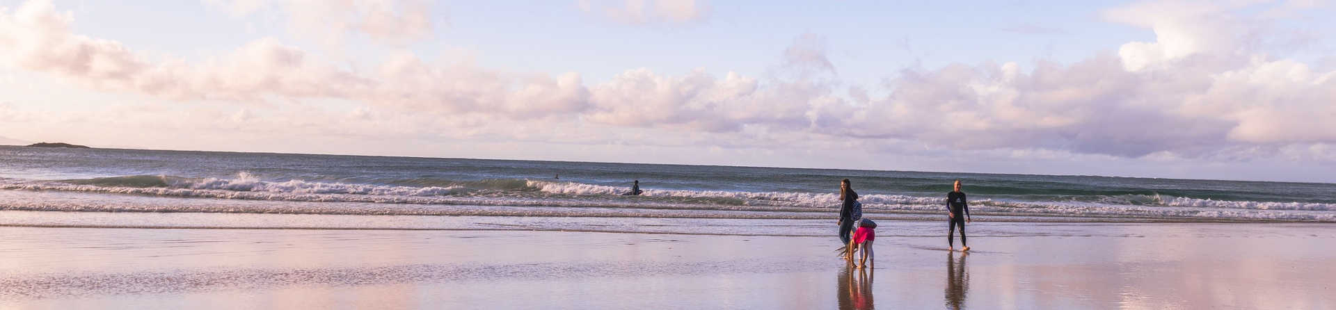 Is it safe to swim at Stradbroke Island?
